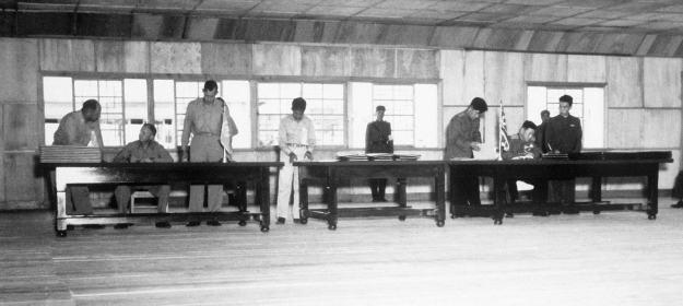 korean_war_armistice_agreement_1953